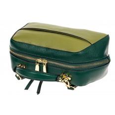 На фото 4 - Мягкая кожаная женская сумка на каждый день, цвет зеленый с оливковым